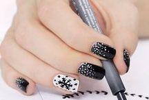 HOLIDAY NAILS / Fun nail art for the winter holiday season! General Winter, Christmas, Hanukkah, New Years, etc.