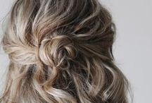 HALF-UP HAIR / Inspiration and tutorials for half-up hairstyles.