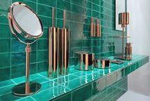 Bathrooms / by Lotta Tempelman