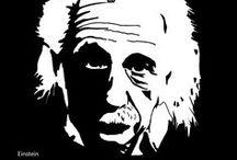 CUMULI // Cards / Hvordan ville du løse opgaven, hvis du var James Bond, Einstein eller Hillary Clinton? Cumuli har udviklet materiale til inspiration og idégenerering - et sæt kort med citater, markante karakterer, tegn og visuelle elementer. Hvilke budskaber indeholder kortene? Hvordan rykker de ved fastlåste perspektiver og skærper opmærksomheden for det, vi normalt overser?  Lad Cumuli Cards være inspiration til dialog, refleksion og en ny tilgang til opgaveløsning.