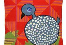 Vögel in Kreuzstich und Needlepoint - Cross Stitch and Needlepoint birds / gestickte Vögel auf Zählstoff