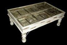 Sohvapöydät ja arkut / Paljon erilaisia tyylejä, arkkuja säilytykseen sekä sohvapöydiksi.