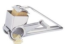 Graters and Zesters / Cheese, nuts, chocolate, herbs, lemon or orange zest... you can do it all.