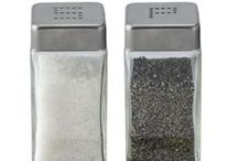 Salt/Pepper Shakers and Dispensers / Shake it!
