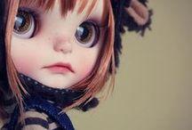 Dolls Poupées Muñecas / Aren't they cute?