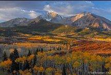 Colorado USA / Colorado is a U.S. state encompassing most of the Southern Rocky Mountains as well as the northeastern portion of the Colorado Plateau and the western edge of the Great Plains. Colorado is noted for its vivid landscape of mountains, forests, high plains, mesas, canyons, plateaus, rivers, and desert lands.