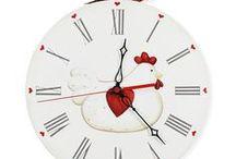 Orologi da parete, Wall Clocks / Orologi in legno dipinti a mano. A partire da 25 euro.  Wooden Handpainted Wall Clocks. Starting price 25 euro.  www.artenuovaforma.com