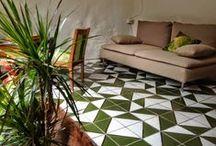 Pavimento Maiolicato/ Sicilian Tiles / Pavimento con Maioliche Decorate a Mano #maioliche #ceramics