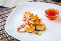 Dary moře a ryby / Uvařit krevety nebo i kalamáry nemusí být těžké, ani doma v kuchyni.