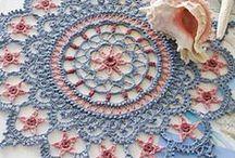 Crochet maravilloso / diagramas y motivos bellos en técnica a crochet / by María del Carmen Rodríguez