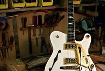Guitars !