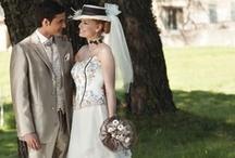 Robe de mariée romantique / Les robes de mariées sont organisées par thème, pour vous permettre de trouver le modèle qui vous mettra en valeur et sera le reflet de votre personnalité et de votre humeur.