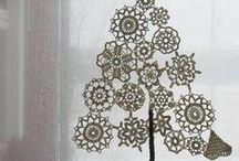 Tatting and crochet: snowflakes