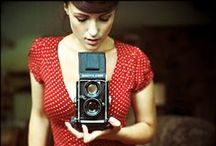 Girl with vintage camera / Foto project idea