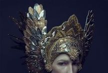 Costumes : Headdresses