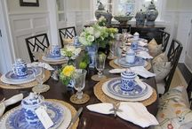 Tablescapes : Wedding and Party Ideas / Everyone lives a beautiful set Table. It's sets the mood for your celebration whatever it may be.