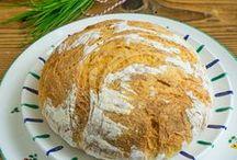 Brot und Brötchen / Selbstgemachte Brote aus aller Welt