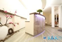 Bodenbeläge in Arzt- Zahnarztpraxis  / Bodenbeläge für Arzt- Zahnarztpraxis verlegen mit K&K Double Floor. Durchdachte Designkonzepte bei der Verlegung unterstützen das Gesamtbild ihrer Arztpraxis.