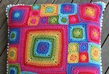 cr0chet pillows & cushions