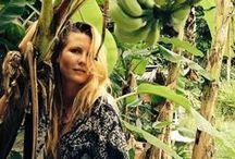 Jungle Fever / W trakcie podróży po świecie poznaliśmy wielu fascynujących ludzi. Ich radość, energia i wewnętrzny spokój były inspiracją dla kolekcji JUNGLE FEVER. Poczuj zew dżungli. Odkryj w sobie dzikość serca.