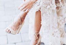 Inspiration | Brautschuhe / Traumschuhe für die Hochzeit und feine Feste. Ob flache oder hohe, offene oder geschlossene, schlichte oder verspielte.