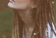 Dreadlocks <3  / Getting full head of synthetic dreadlocks, the more I look at them the more I want them lol