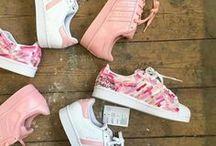 Sneakers & Sport