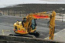 Komatsu / Komatsu Excavators, and H.E Services Komatsu fleet.