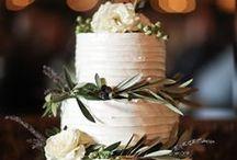 Wedding Cakes / Inspirations pics of stunning wedding cakes for your destination wedding in Cortona, Siena, Florence in Tuscany, Italy. Bespoke wedding cake design via www.tuscantoursandweddings.com