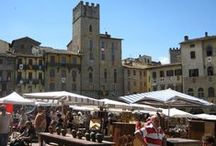 Arezzo, Tuscany, Italy / Photos of Arezzo, home to Giorgio Vasari, Francesco Petrarca, Guido Monaco, Pietro Aretino and many other famous artists in different moments, with the antique market, during the jousting ... the perfect destination for those who wish to stay away from the big crowds and prefer to experience a truly authentic Tuscan atmosphere. Contact www.tuscantoursandweddings.com to learn more about this