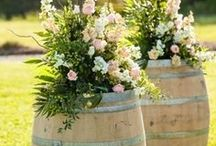 Vineyard Wedding Inspiration - Tuscany, italy / Inspiration pics of vineyard-themed weddings and decorations. Perfectly suited to Tuscany and its gorgeous hills, vineyards, villas and hilltowns.