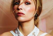 Peaky Blinders Star Annabelle Wallis Gives Us A Sneaky Eyeful / Annabelle Wallis star of Peaky Blinders