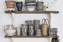 JET's    ceramic tableware / Kopje koffie, kopje thee, lekker eten met vrienden, het fijnste is bij elkaar zijn, maar mooi servies maakt het nét iets leuker!