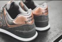 S H O E A H O L I C / Shoes, shoes, shoes, shoes, shoes!