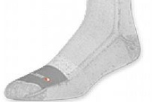 Walking Socks / Avoid pain and discomfort by learning how to choose the right pair of walking socks.   Walking socks are staples in anyone's closet. In fact, a lot of people often use walking socks as everyday socks. These socks come with numerous features that keep your feet comfortable and safe.   Some features you have to look for in walking socks are temperature regulation, moisture control and extra cushion on specific areas of the feet. As you walk, the temperature of your feet will rise.