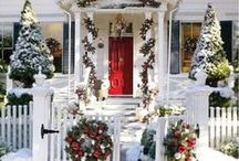 Tasteful Christmas Home Decorating Ideas / Here's our pick of all things fun and festive. Happy Holidays from TheHouseShop team. For more ideas read our blog post here: http://bit.ly/2hROcjn