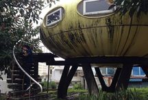 occupy UFO house / -