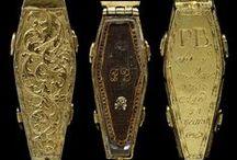 memento mori / mourning + sentimental jewelry