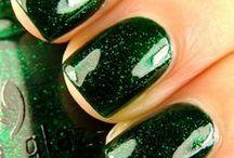 Green Nails / by Nail Designer