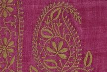 paisley power / celebrating the lovely indo-persian symbol in all of its curvy glory!