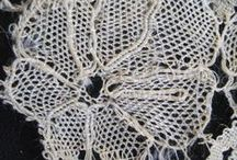 Yak lace / Yak lace refers to a coarse bobbin lace typically made from wool. It was mainly made in Oxfordshire, Buckinghamshire and Northamptonshire in imitation of Maltese and Greek laces. While the name suggests the lace is made using yak hair, it can be made of any wool or worsted yarn.