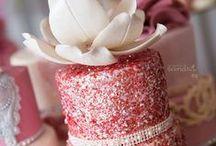 Cake Decorating / by Anita