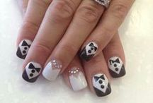 Nails Fit For A Bride / The nails are a staple of your wedding look too!