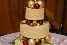 A Christmas Wedding / Christmas is one of the most favorited holidays of the year, why not incorporate that to make your wedding the favorite wedding of the year?