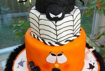 Cool Cakes / by Jackie b