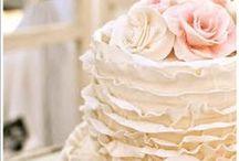 Cakes I Adore XOX / by ItaliansDoIt Better
