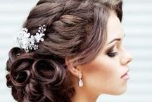 Wedding Hairstyles / Lots of gorgeous wedding hair ideas!