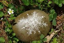 pebbles and stones - Snow flake