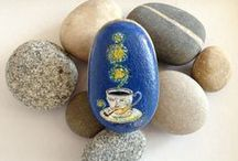 pebbles and stones - Cups and Tea-pot