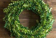 Boxwood Wreath - DIY metallic paper wreath